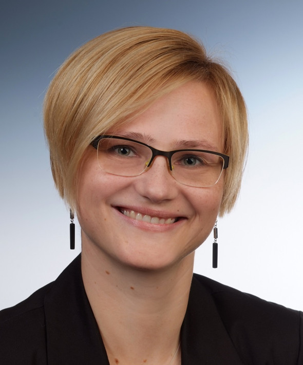 Dr. Susanne Oertel